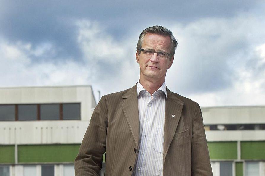 Liiton toiminnanjohtaja Heikki Pälve siirtäisi terveyspalvelujen järjestämisen yksittäisiltä kunnilta noin kymmenelle suuralueelle Suomessa.