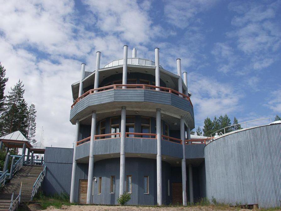 Ruununhelmen leirintäalue sijaitsee Vaalassa Oulujärven rannalla.
