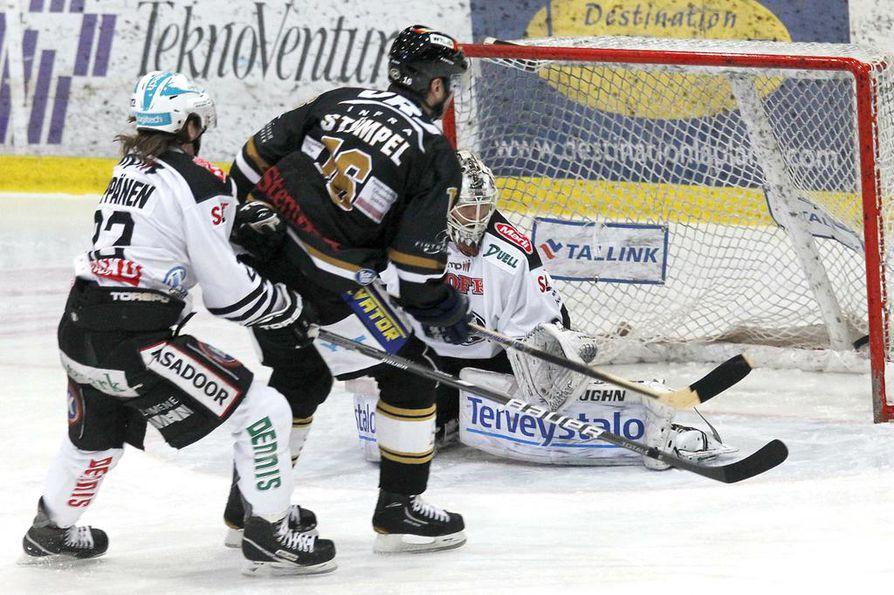 Stümpel maalasi myös lauantai-illan ottelussa Raksilassa.