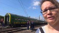 Videoraportti Unkarista: Juna-asemalle pysäytetyt pakolaiset eivät halua antaa periksi
