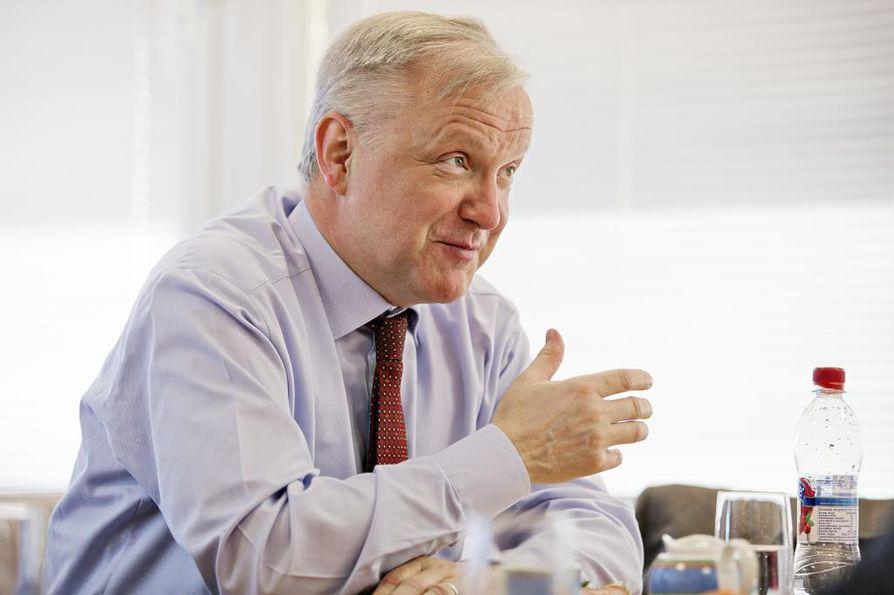 Keskustan Olli Rehn sanoi Asianajajapäivässä perjantaina, että perustuslain kapea-alaiset tulkinnat hämmästyttävät häntä. Arkistokuva.
