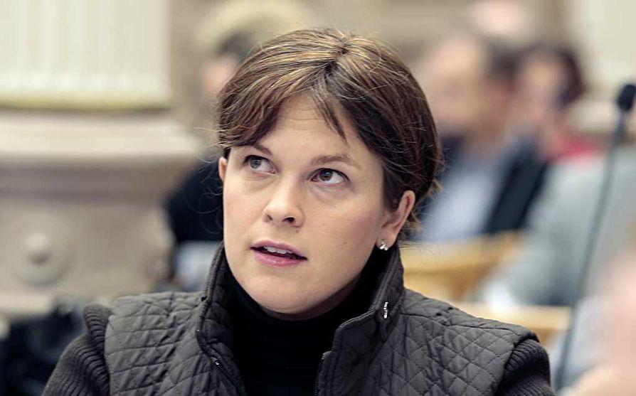Kokoomus esittää Oulun kaupunginhallituksen uudeksi puheenjohtajaksi Mari-Leena Talvitietä.