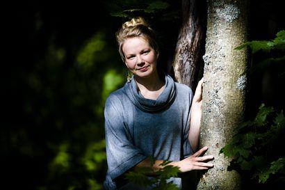 Suomalainen Hanna Jauhiainen halusi vastustaa ilmaston l?mpenemist? – P??tyi slovakialaiseen vankilaan ja paikallisiin uutisiin