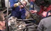 Insinööriopiskelijoiden taidonnäyte: formula-auto