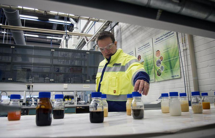 Neste teki viime vuonna jo yli 40 prosenttia vajaan miljardin euron liikevoitostaan uusiutuvilla polttoaineilla.