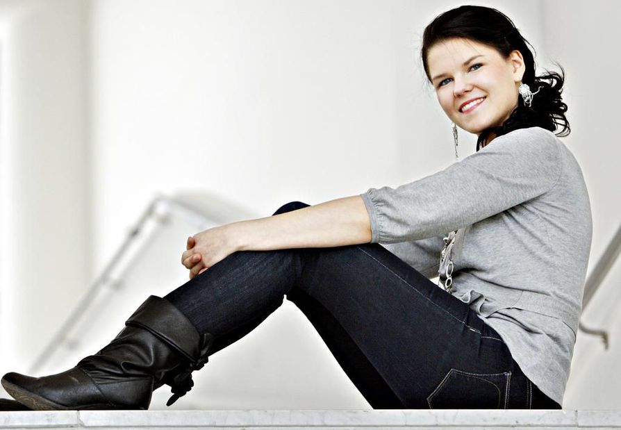 Saara Aalto kilpailee Michael Monroen joukkueessa.