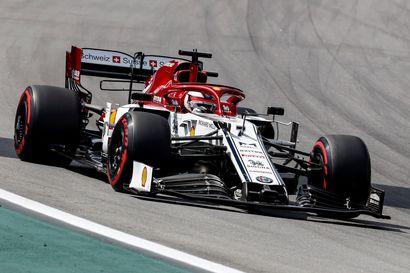 """Räikkönen oli pettynyt kauden parhaaseen sijoitukseensa : """"Ainakin saimme hyvät pisteet molemmilla autoilla"""""""