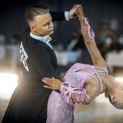Oululaiset tanssijat vahvassa vireessä – menestystä riitti myös 10-tanssin SM-kisoissa