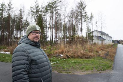 Lapsiperheiden suosiminen Oulun kaupungin tonttihauissa jakaa mielipiteitä – syksyn arvonnassa hakijoita oli yli nelinkertainen määrä tontteihin nähden