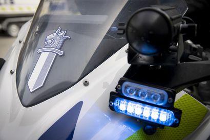 Poliisi pysäytti neljä rattijuoppoa tiistain vastaisen yön aikana Oulun seudulla