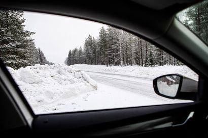 Tieliittymän haltija vastaa, että risteyksestä näkee tielle – Korkean lumivallin takaa pitää tulla äärimmäisen varovasti pääväylälle