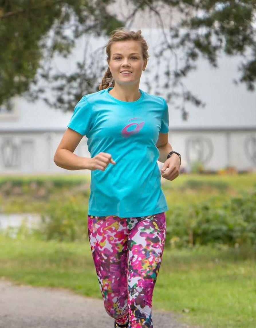 Rebekka Naatus harrastaa pitkien matkojen juoksemista.