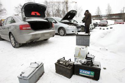 Pakkanen kiristyi talven hyytävimpiin lukemiin Oulussa, kylmä sää jatkuu – Miten voit estää auton akun hyytymisen?