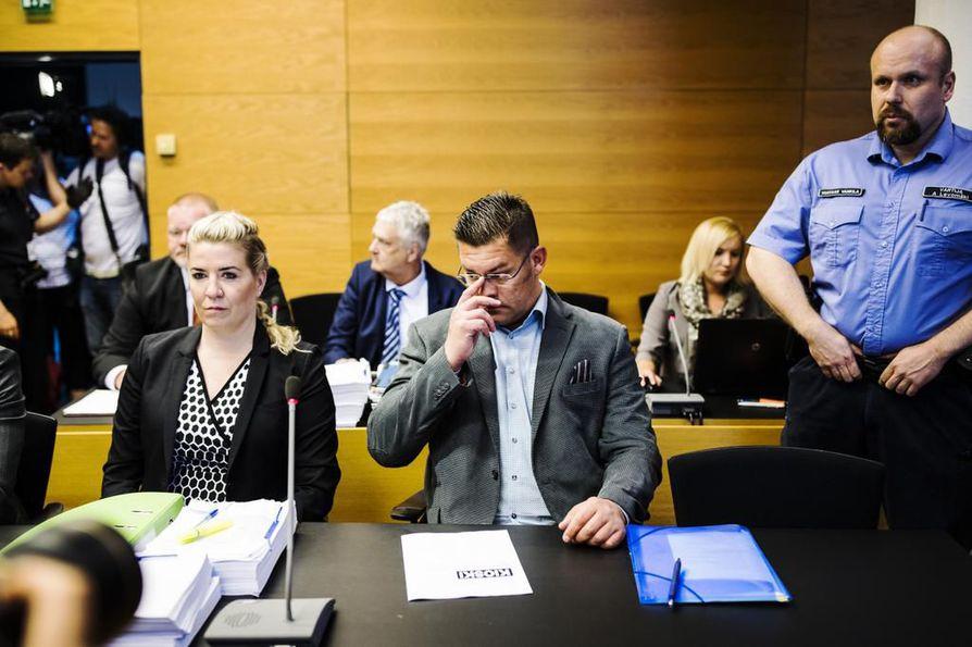 MV-julkaisun perustaja Ilja Janitskin on syytettynä muun muassa kiihottamisesta kansanryhmää vastaan ja törkeästä kunnianloukkauksesta. Jutun puinti on käynnistynyt keskiviikkona Helsingin käräjäoikeudessa.