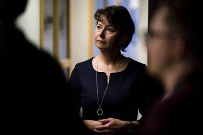 """Valtakunnansyyttäjä Raija Toiviaiselle häirintäviestivyöry Räsänen-tutkintoihin liittyen – """"Kyse ei ole yksittäisen virkamiehen halusta toimia tietyllä tavalla"""""""
