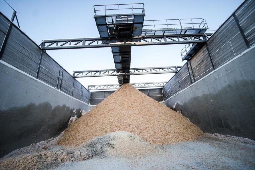Kemijärveen johdettavalle käsitellylle jätevedelle on määrätty hakemuksessa esitettyä päästötasoa tiukemmat raja-arvot COD:n, AOX:n, fosforin ja kiintoaineen osalta.