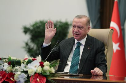 Tarkkailujärjestö: Turkki on tehnyt ensimmäisen ilmaiskun Syyrian kurdialueelle lähes puolentoista vuoden tauon jälkeen