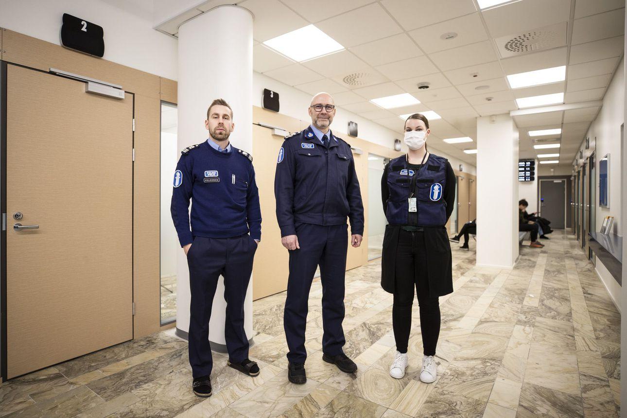 Oulun keskustan uudelle poliisiasemalle mennään turvatarkastuksen kautta – Lupasektorin johtaja: Asema on tullut nykyiseen paikkaansa jäädäkseen