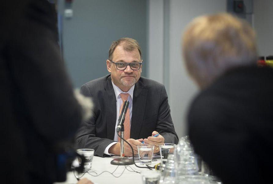 Juha Sipilän vuosien takainen päätös luovuttaa kotinsa turvapaikanhakijoiden käyttöön sai osakseen kritiikkivyöryn.
