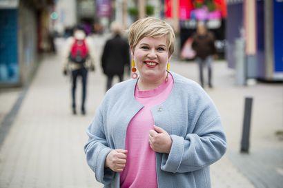 """Valtiovarainministeriksi noussut Annika Saarikko: """"Aiemmin keskustaan oli tunkua, nyt kaikki menevät laidoille"""""""