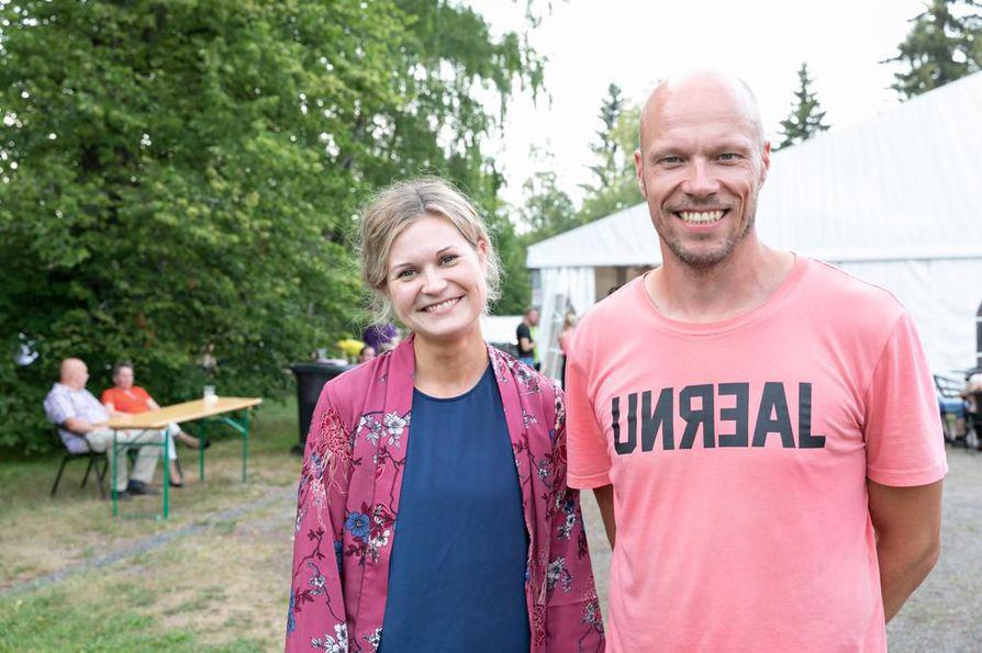 Katriina Karjalaisen ja Karri Oikarisen luotsaamassa Ilo Oulussa järjestetään viikonloppuna Tutka-nuorisofestivaalit.