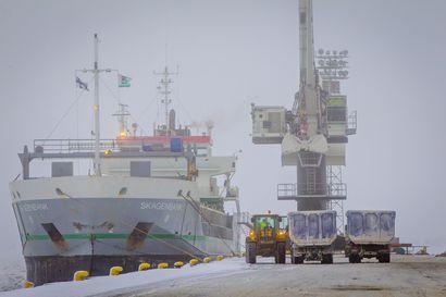 Ajoksen meriväylän syventämiseen esitetään lisää rahaa 15,2 miljoonaa euroa – rahan saaminen tarkoittaisi, että syventäminen päästäisiin aloittamaan ensi vuonna jäiden sulettua