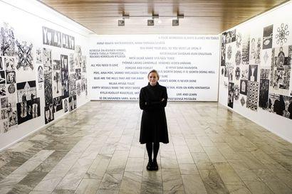 Jaana Erkkilän näyttely Rovaniemen taidemuseossa: Outoa, ihanaa – jopa päätöntä elämää
