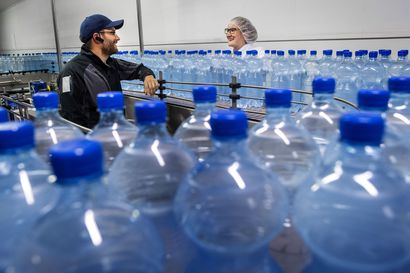 """Suomalaisyhtiöt ahtaalla kasvavilla vesimarkkinoilla – """"pulloveden"""" huono maine kismittää Polar Springin toimitusjohtajaa, myös Finn Spring korostaa ekologisuutta"""