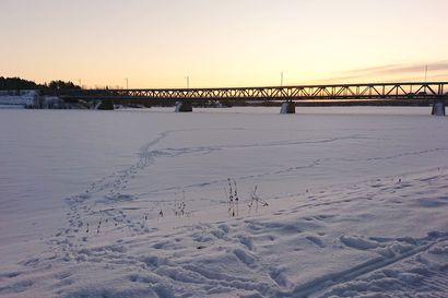 Lukijalta: Jäljet jäällä voivat johdattaa vaaraan – rantaan tarvitaan lisää varoituskylttejä
