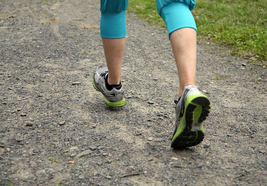 Tutkimuksen mukaan sydänterveyden edistämisessä pitäisi keskittyä ensisijaisesti fyysisen kunnon parantamiseen.