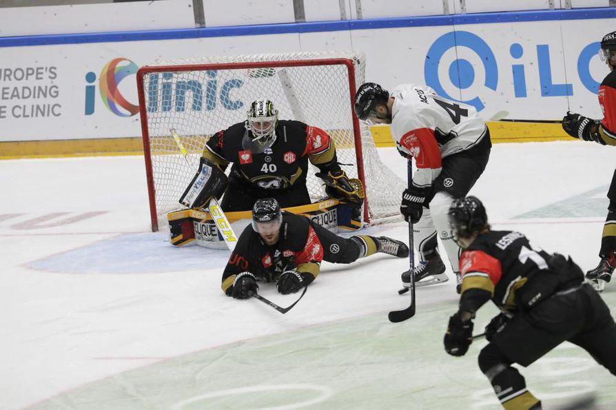 Kärpät ja Ice Tigers kohtasivat viikko sitten Oulussa.