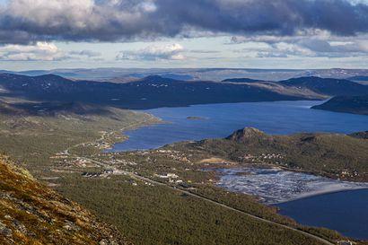 Kilpisjärven kesä on pääosin suomalaisten matkailijoiden varassa – Retkeilyreittien kävijämäärä on kolminkertaistunut 10 vuodessa