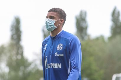 Maajoukkuevalintaansa puntaroiva Malick Thiaw jatkaa Schalkessa pitkään