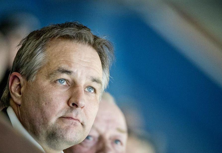 Oulun Kärppien toimitusjohtaja Tommi Virkkunen vaatii, että Liigan pudotuspelien tulonjakojärjestelmä uudistettaisiin.