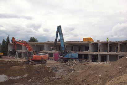 Pelkosenniemen uuden koulun rakentaminen alkaa loppukuusta – pilaantunut maa-aines kuljetetaan Kemiin puhdistettavaksi