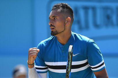 """Korona löysi jo toisen kantajan Djokovicin tähdittämällä tenniskiertueella - Nick Kyrgios: """"Näytösturnaus puupääidea"""""""