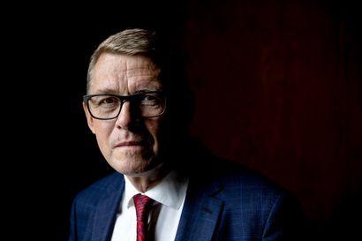 """Eduskunnan puhemiehen Matti Vanhasen mielestä epäluottamuksen vuoksi eronnut Rinne voi jatkaa uuden hallituksen ministerinä – """"Ei hän tässä mikään hylkiö ole"""""""