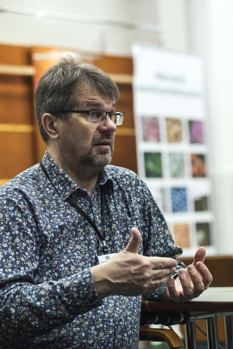 """Ari Karjalainen muistaa ajan, kun metsien yhteisomistusta kauhisteltiin ja siitä puhuttiin """"kolhoosina"""" ."""