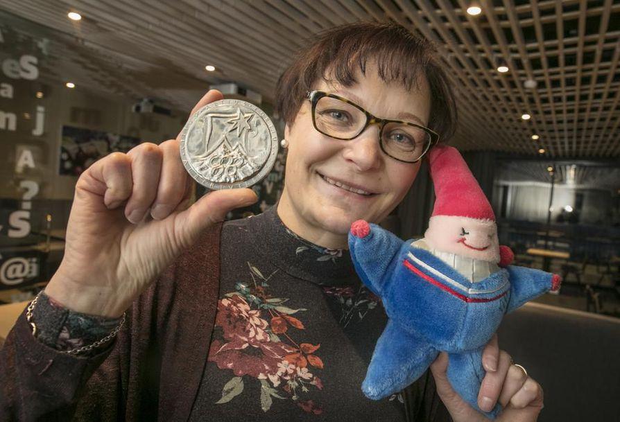 Sirpa Riikola on edelleen Ylikiimingin Nuijamiesten ainoa olympiaedustaja. Riikola hiihti tyttönimellään Ryhänen vuonna 1992 Albertvillen olympialaisissa. Kokemuksesta kertovat osallistujamitali ja kisamaskotti.
