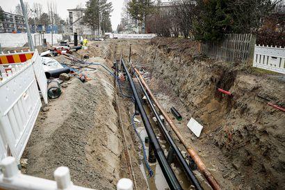 Rovaniemen Viirinkankaalla paljastui öljyvahinko, jonka laajuutta ei vielä tiedetä – Väinämöisentien kaivaminen keskeytyy talveksi