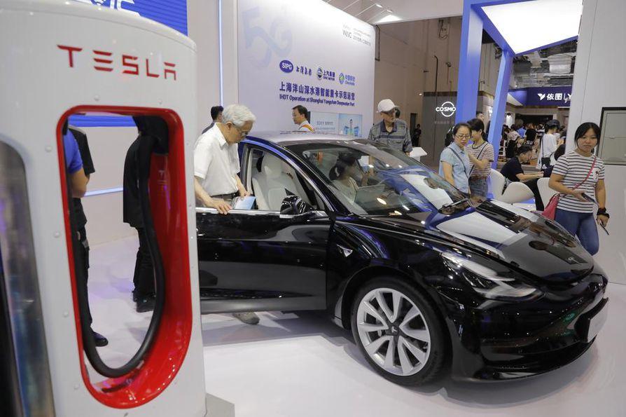 Tesla on yksi maailman suurimmista sähköautojen valmistajista. Yhtiö kuitenkin kamppailee kannattavuuden kanssa.