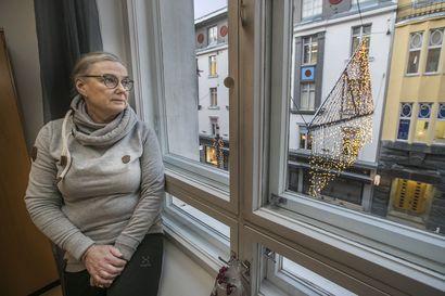 """Oululainen Paula Salo makaa OYSin teho-osastolla vaikean koronataudin kourissa ja lähettää nyt terveiset: """"Koronavirus on pirullinen tauti"""""""