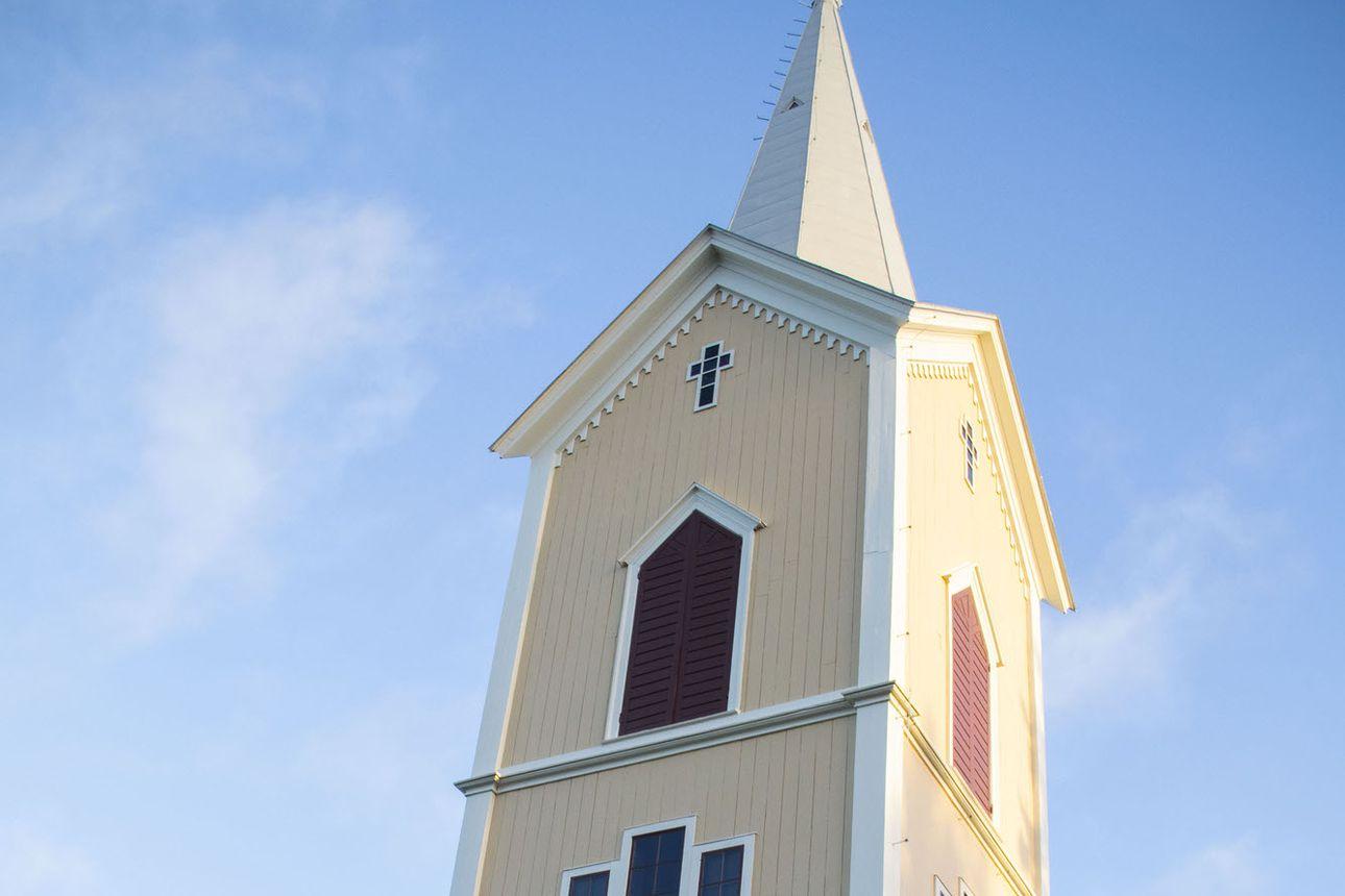 Tyrnävän 1880-luvulla rakennetussa kirkossa tehty peruskorjaus on valmistunut. Kirkko avaa ovensa ensimmäisenä adventtisunnuntaina.