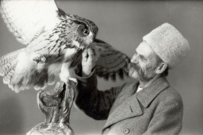 Taidemaalari Matti Karppanen ikuisti lintuja ja rakasti niitä jopa niin paljon, että piti lemmikkinään kahta kotkaa