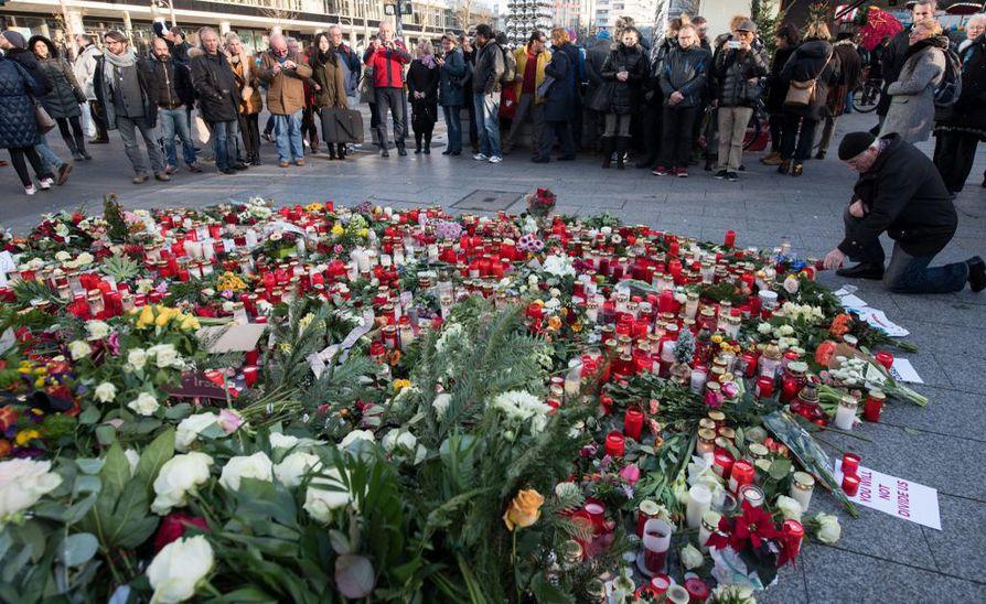 Berliinin rekkaiskussa kuoli 12 ihmistä.