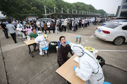 Wuhan aloitti joukkotestaukset – viikko sitten pandemian syntypaikassa löytyi uusien tartuntojen rykelmä