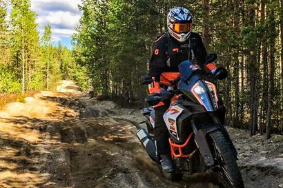 Lapin kesäkaudelle starttaa uusi ohjelmapalvelu - Lapland Adventure Center tarjoaa moottoripyöräsafareita seikkailunhaluisille