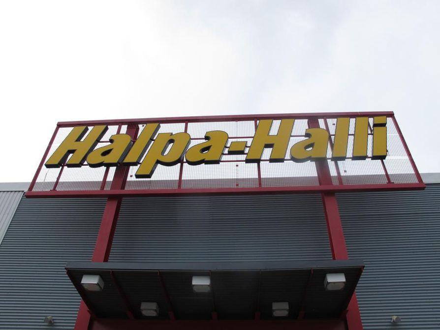 HalpaHalli aloittaa sunnuntaikaupan.