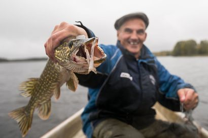 Lukijalta: Annetaan kaikille kalastusoikeus