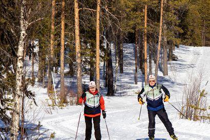"""Kittiläläiset Eero, 92, ja Valma, 88, hiihtävät tuhannen kilometriä talvessa – Toista oli sodan jälkeen: """"Ei siinä kukaan miettinyt, että turhaan lähtisi hölkkäämään"""""""